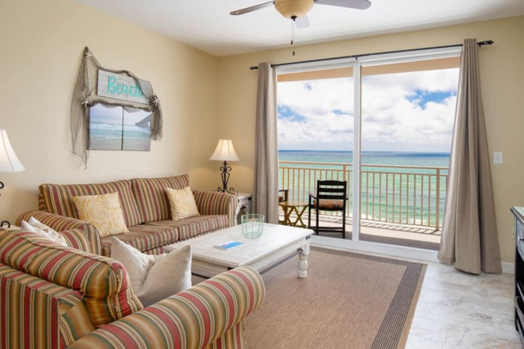 Dive right in to your beach vacation at Splash Resort 506E on Panama City Beach!