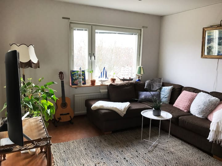 Large cozy apartment in central Uppsala!