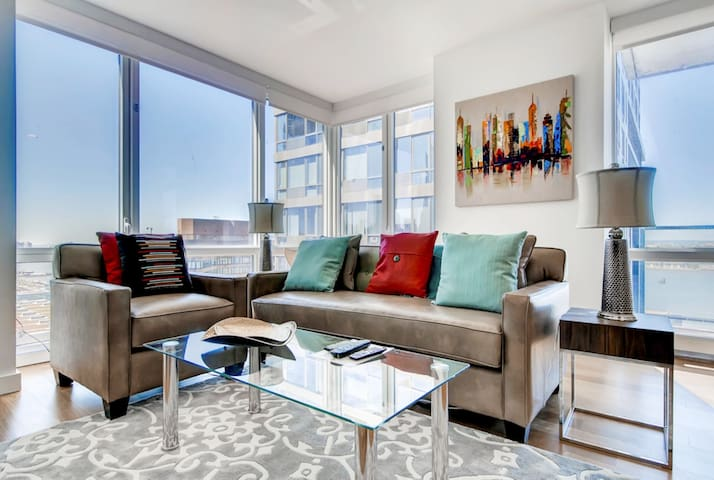 BluebirdLavish 1BR|Close to Hospitals|Times Square