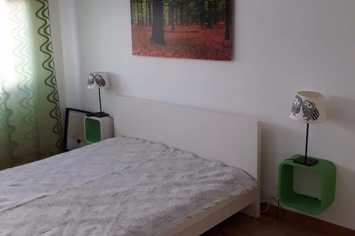 Room in Lisbon II (next to subway)