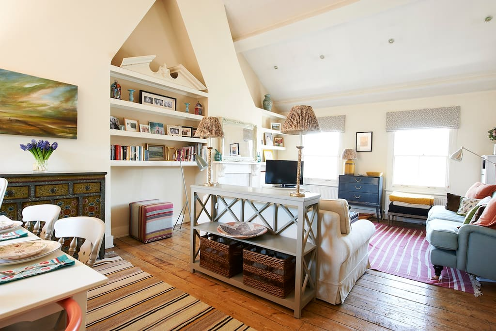 Open and bright sitting room