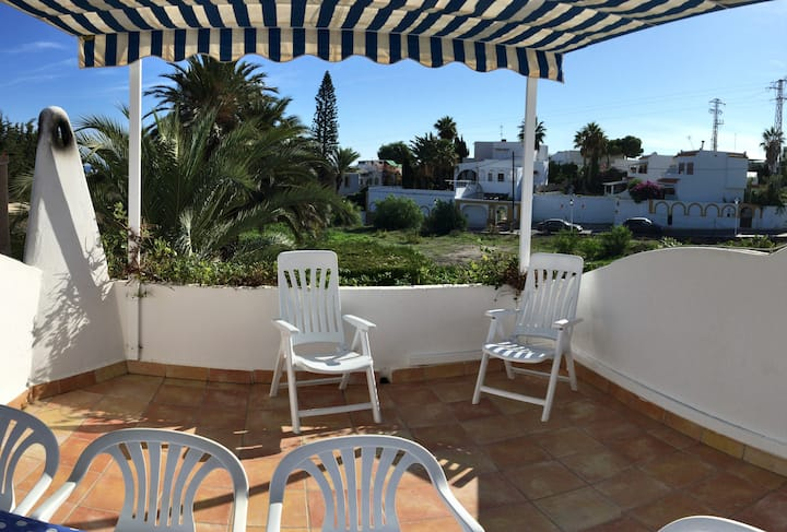 Rana Holidays-Large house 5min from the beach 5PAX