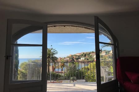 entire new appartment 2min walk from beach