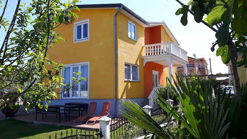 Beautiful apartment near Porec - Porec - Apartemen
