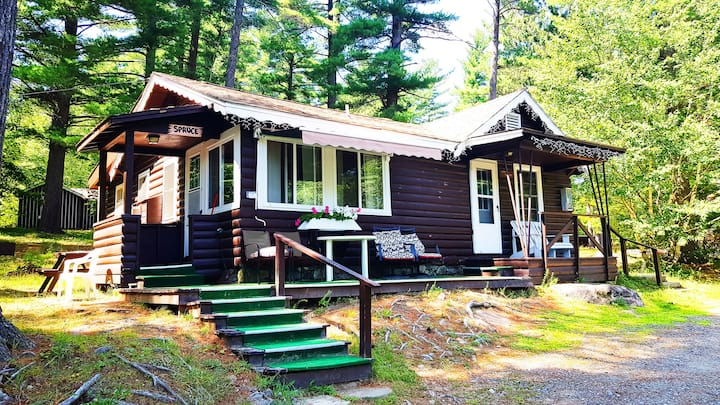 2 Bedroom  2 Bathroom  Family Chalet with Kitchen