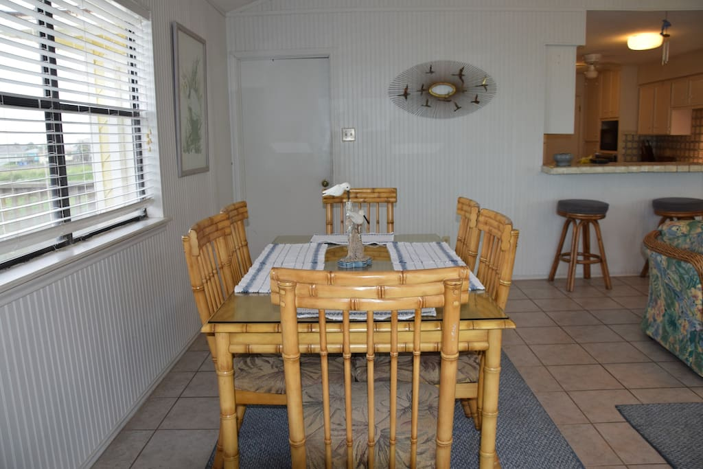 SHERMAN HOUSE-Dining Area