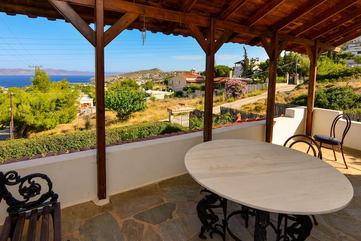 House with sea view close to Lavrio port - GR - Rumah