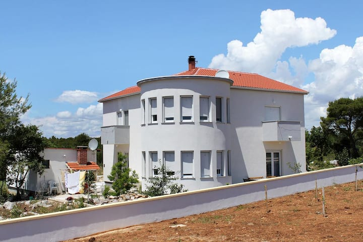 One bedroom apartment with terrace Biograd na Moru, Biograd (A-5282-c)