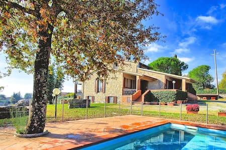Private Pool Villa Orizzonte - Cignano