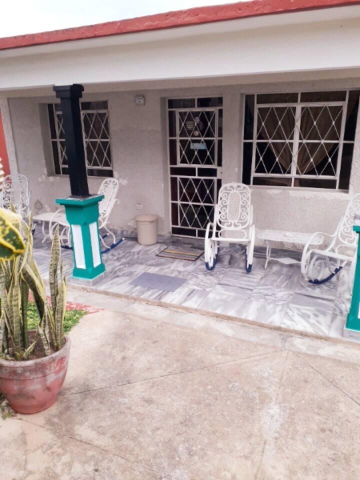 Villa Mary y Gollo