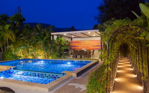 """Exclusively Private   Pool Villa """"Smooth as silk"""""""