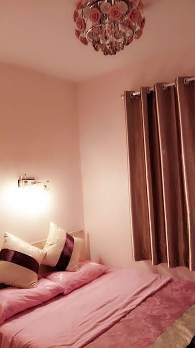 睡觉不只是谁家,舒适的床上用品会让您身体得到完全的放松
