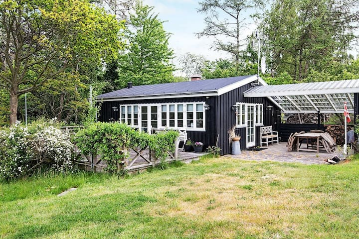 Brilliant Holiday Home in Ebeltoft with Roofed Terrace