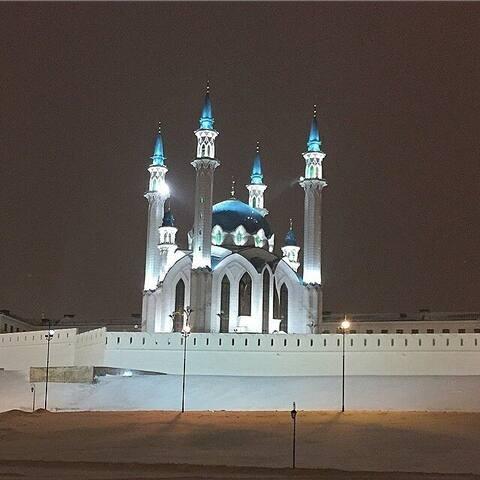 Квартира 400м до Кремля !!! ул Гаяза исхаки 1