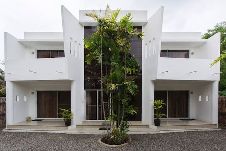 D&G @ Alona Beach 3. Furnished Unit. - Panglao - Appartement