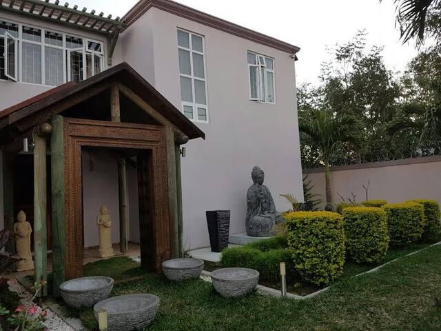 Villa Balaclava - Pamplemousses District - Villa