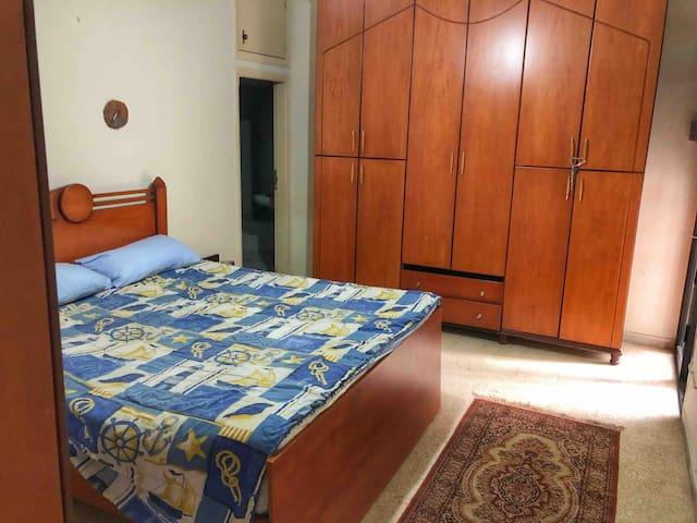 Zalka chill place /master bedroom