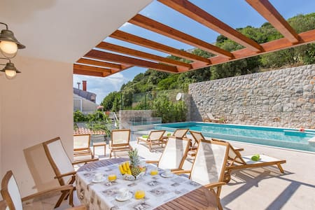 Villa Boban-Apt Harmony w sea view, terrace & pool - Dubrovnik - Apartment