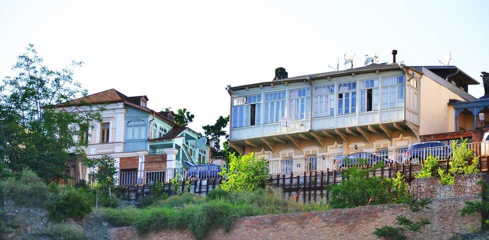 Apartments Of Aurumi