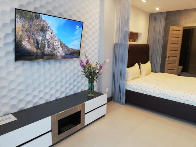 Panoramic View Apartment in Baikal Hill Residence