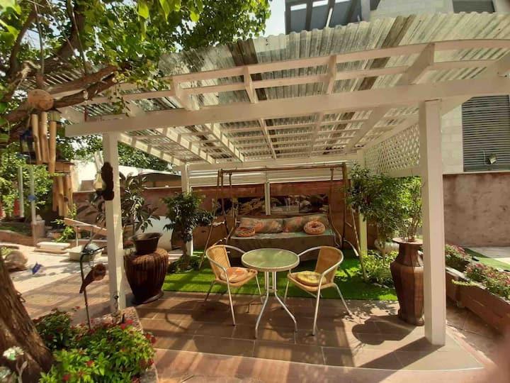 A garden cabin in Acre