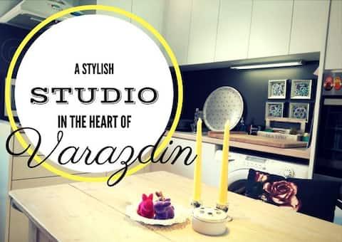 Stylish Studio Varazdin★2min to town♥ Parking+WIFI