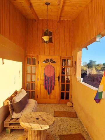 Habitación Matrimonial Balcón Casa Mapu kumelen