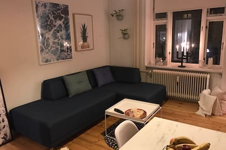 Cozy apartment, perfectly located - københavn V - Apartment