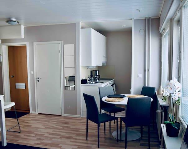 Kuopio City Lounge + Ilmainen pysäköinti