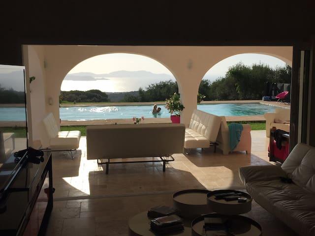Superbe Villa vue mer avec piscine - Lumio - Villa