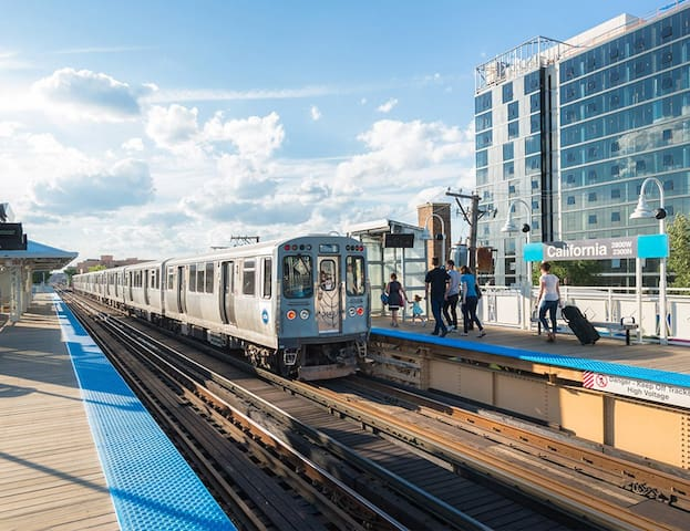 Walk to the Blue line and access the entire city!