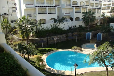 Apartamento en Sabinillas Costa del Sol Málaga - San Luis de Sabinillas - Huoneisto