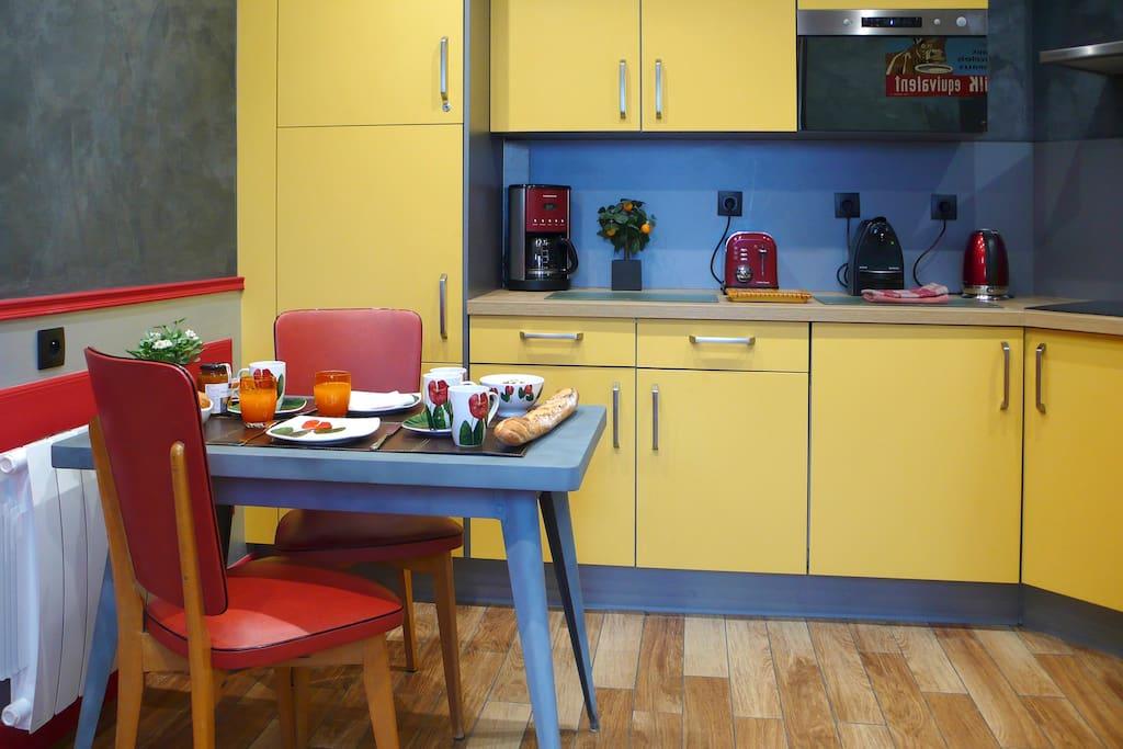 Full equipped Kitchen - Cuisine totalement équipée
