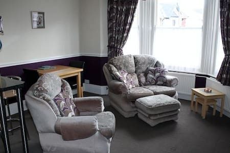 Elizabeth apartment - Shanklin
