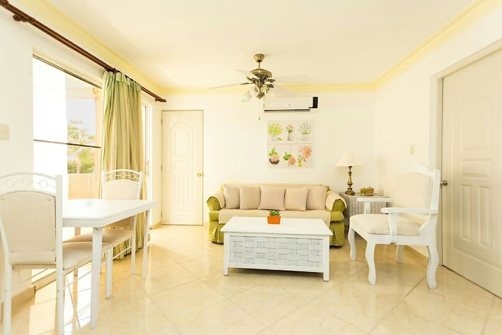 Affordable 1 Br 1&1/2 Bath Premium - Sosúa - Appartement