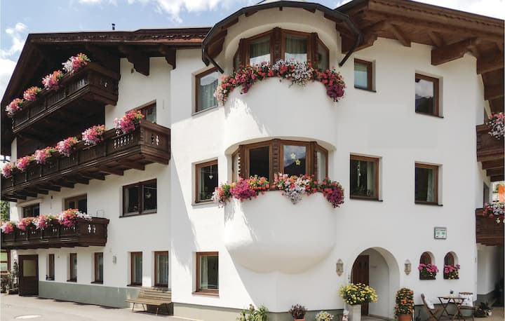 Awesome apartment in St. Anton with 3 Bedrooms