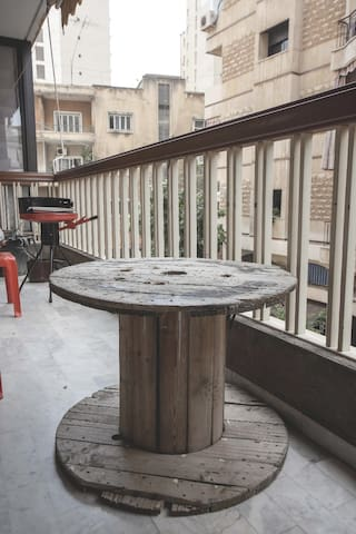 Cozy & Clean Apartment in Central Beirut