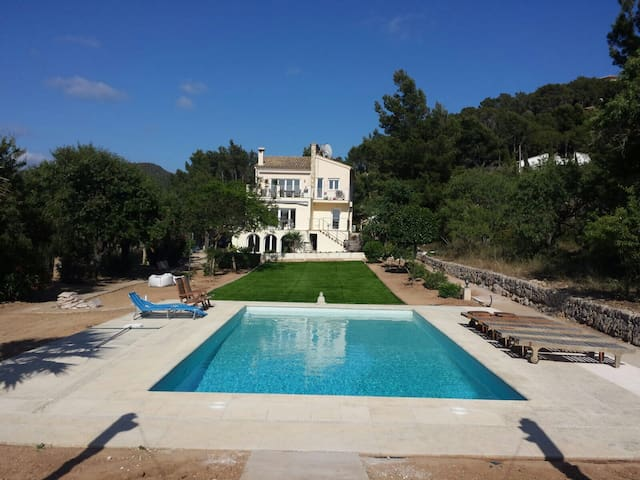 Beautiful Port d'Andratx Villa &  Pool 20+ people