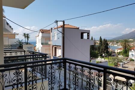Elia Casa View
