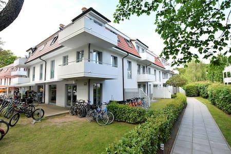 Modern Apartment in Ostseebad Boltenhagen near Forest