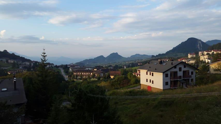 Casa con mansarda fino a 14 posti letto - Valle del Sole (Pizzoferrato) - Reihenhaus