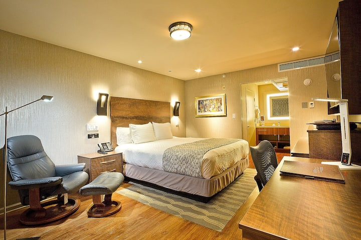 Silicon Valley / Mountain View, Deluxe King Room