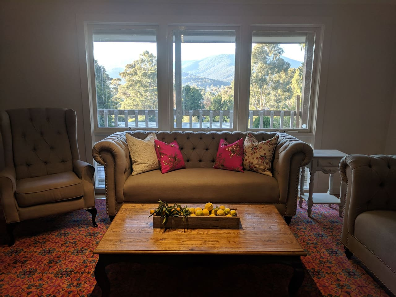 Cosy fire place with nice mountain views - newly renovated- more photos soon