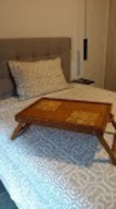 cama de casal confortável com colchão belga com molas ensacadas, anti alérgico e macio.