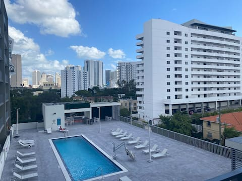 Brickell apartment! Perfect for couple getaway