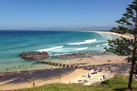 Beachside studio - Port Kembla
