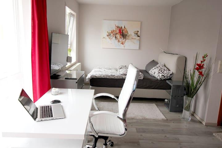 Modernes helle 28 qm Apartment UNI-Nähe - Saarbrücken - Apartment