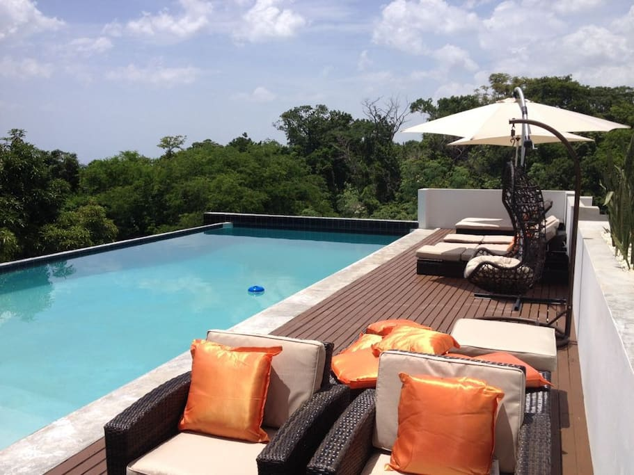 10ft deep, infinity pool terrace with seating