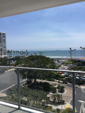Beach front Coronado Shores apartment