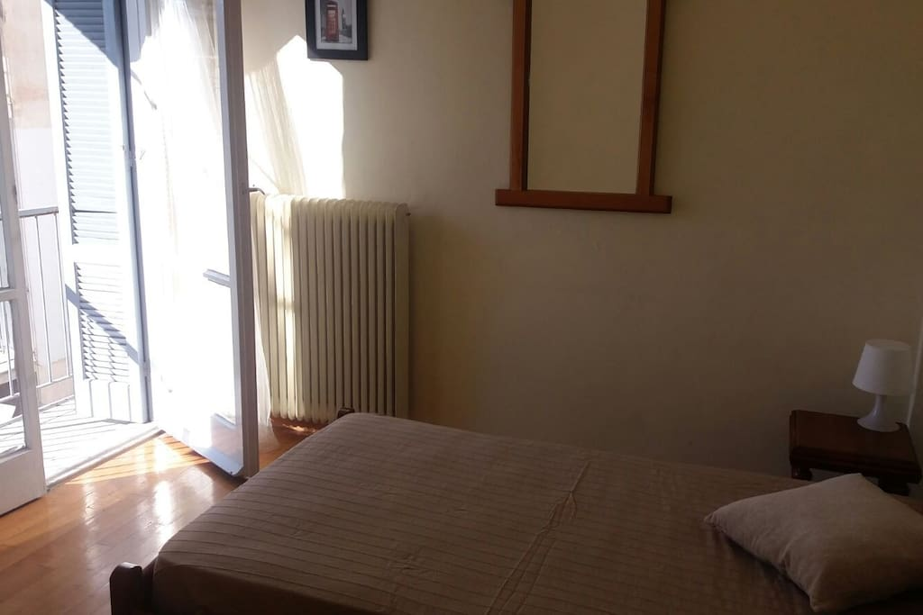 Nice Bedroom for one person with large wardrobe and balcony